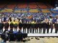 Mediadores y Jovenes deportistas saludándose