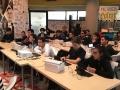 Jovenes tomando su curso de programación