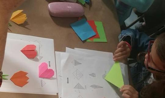 "Taller: ""Diseña Tarjeta de San Valentín Utilizando la Técnica de Origami"""